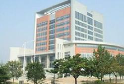 2021年5月15日郑州师范学院2021年毕业生夏季双选会暨郑州市产业集聚区企业与高校毕业生岗位对接洽谈活动