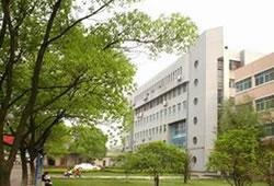 南昌师范学院现代教育技术中心2019年7月招聘公告