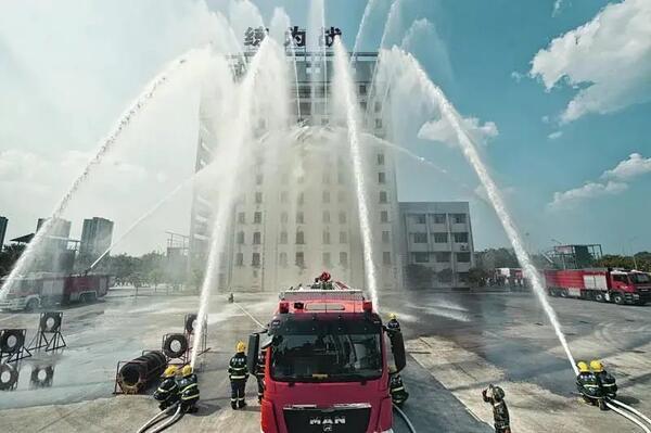 江北区招聘70名政府专职消防员 1000米跑3分40秒10分